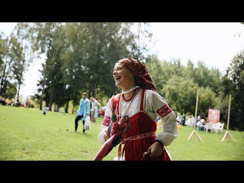 مهرجان التقاليد في روسيا يدعو إلى الحفاظ على الماضي وتُراث الشعب