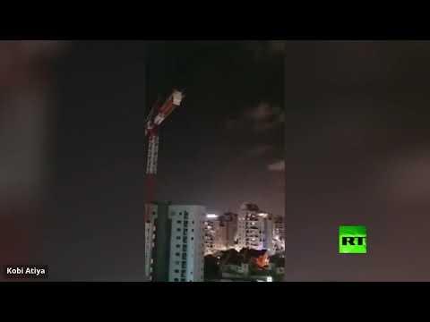 شاهد القبة الحديدية تعترض صاروخًا تم إطلاقه من غزة باتجاه مستوطنات إسرائيلية