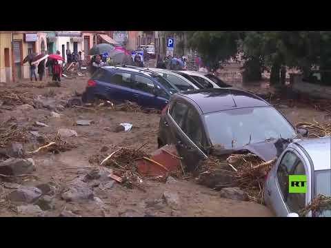 شاهد فيضانات عارمة تغمر جزيرة سردينيا في إيطاليا